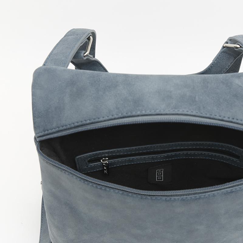 c misako golina mochila azul